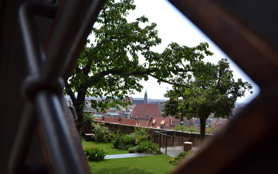 Nuremberg : entre forteresse impériale et locomotives à vapeur
